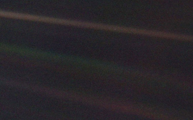 pale-blue-dot-wide11